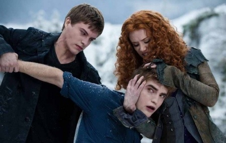 Riley and Victoria fighting Edward from the Summit Entertainment film Eclipse