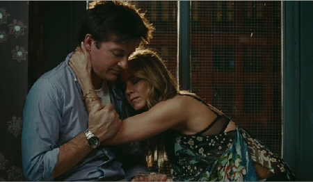 Wally and Kassie hugging from the Miramax film The Switch