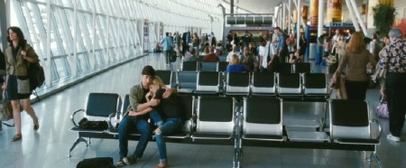 Garrett and Erin in the airport from the New Line Cinema film Going the Distance