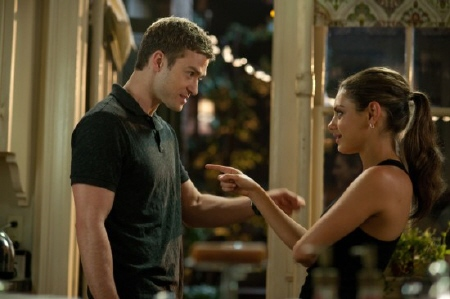 Dylan and Jamie from the Castle Rock Entertainment film Friends With Benefits