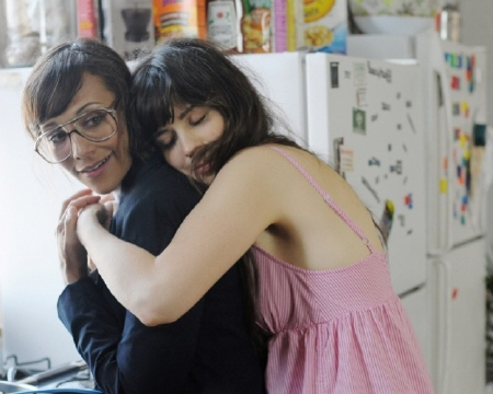 lesbian couple from the movie Our Idiot Brother