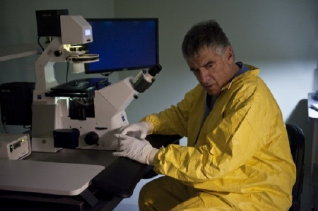 Elliot Gould from the Warner Bros. Pictures film Contagion