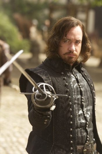 Matthew MacFadyen as Athos from the Constantin Film Three Musketeers 2011