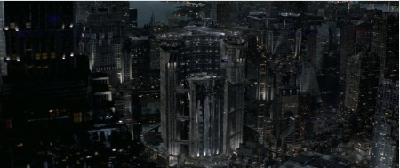 giant elevator from the UFB to the Colonies from the Columbia Pictures film Total Recall 2012