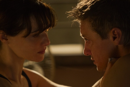 Rachel Weisz and Jeremy Renner get close from the Universal Pictures film The Bourne Legacy