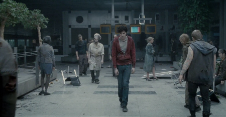 zombies at the airport from the Summit Entertainment film Warm Bodies