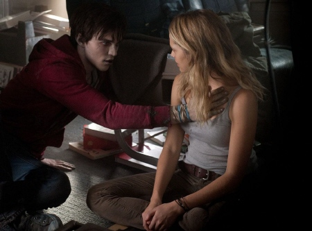 R touches Julie from the Summit Entertainment film Warm Bodies