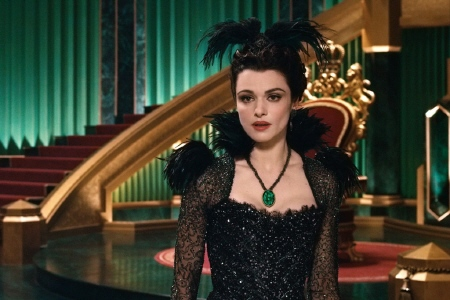 Evanora from the Disney film Oz the Great and Powerful