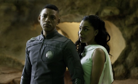 Cypher and Faia from the Columbia Pictures film After Earth