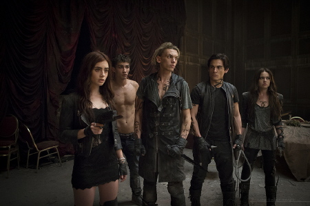 Clary, Simon, Jace, Alec, and Isabelle in the vampire hotel from the Sony Pictures film Mortal Instruments City of Bones