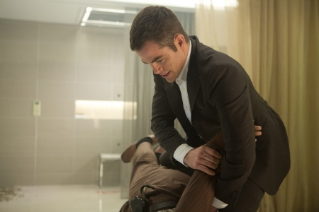 Jack drowns an assassin from the Paramount Pictures film Jack Ryan Shadow Recruit