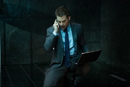Jack on a laptop from the Paramount Pictures film Jack Ryan Shadow Recruit